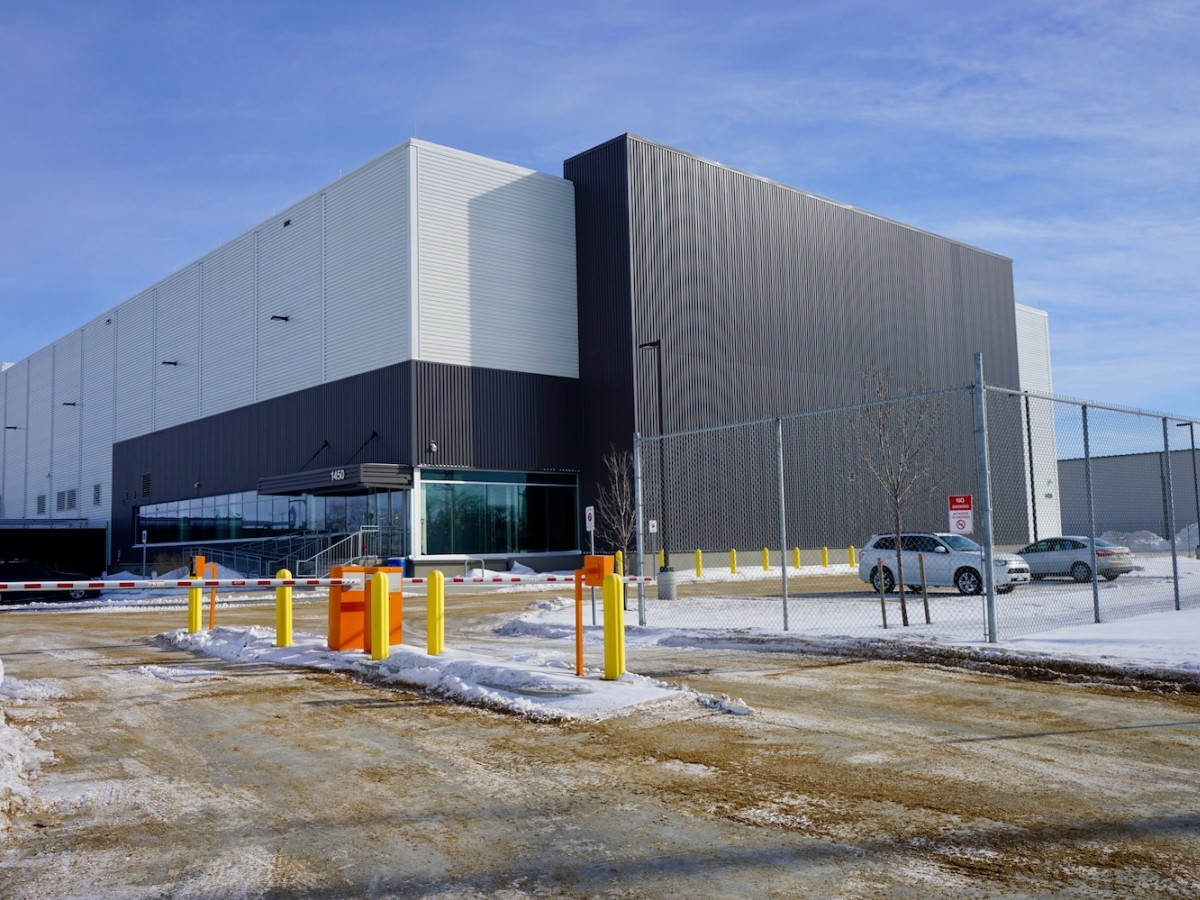 Winnipeg's cold climate means big savings for MTS Data Centres' clients - MTS Data Centre in south Winnipeg.