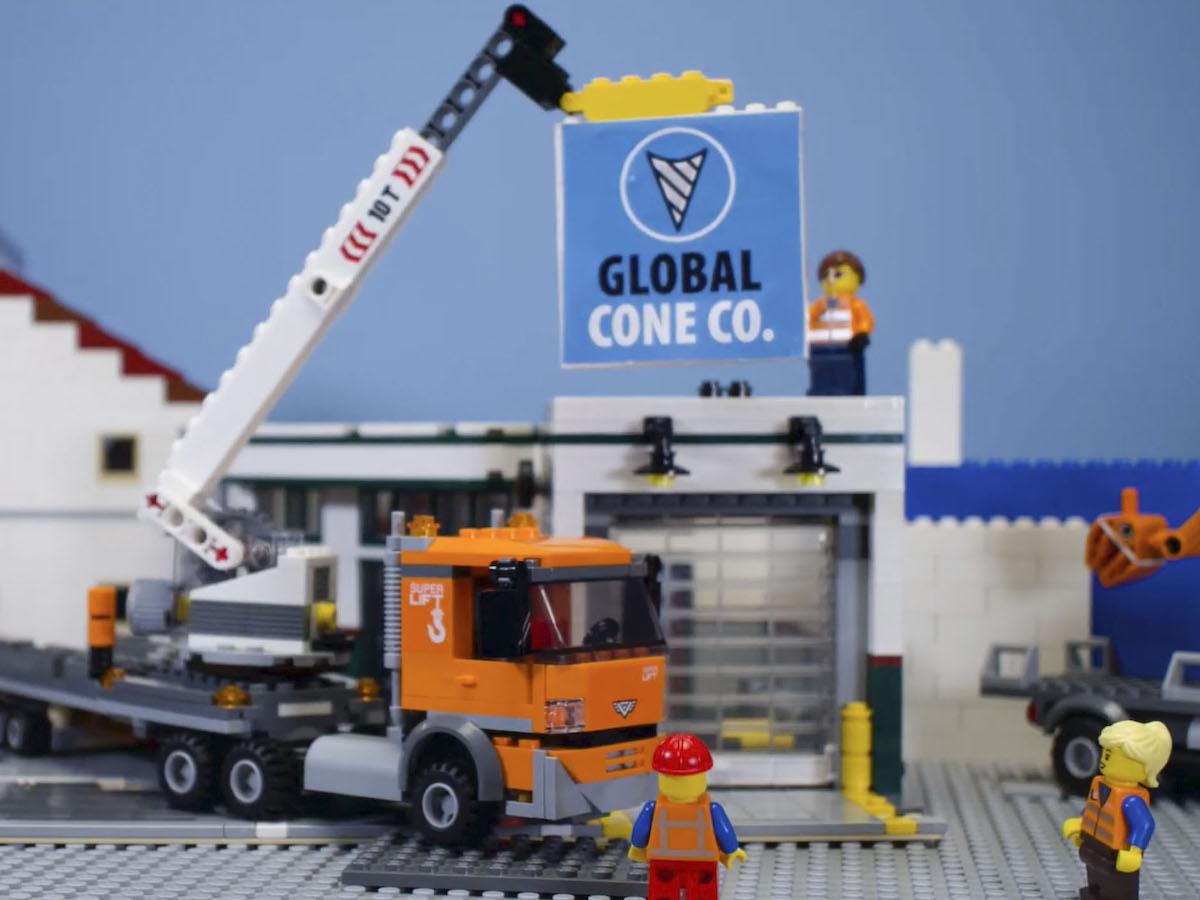 What is Economic Development? - EDW explains how to create a stronger city in a simple way using everyone's favourite childhood medium, LEGO.