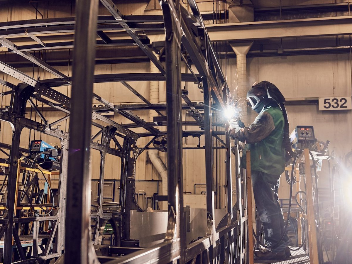 10 Reasons Winnipeg is Canada's advanced manufacturing hub  - NFI Group